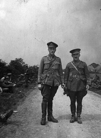 Major G.W. Nelson (left) and Lieut.-Col. Wigle (right). Source: Bruce Remembers