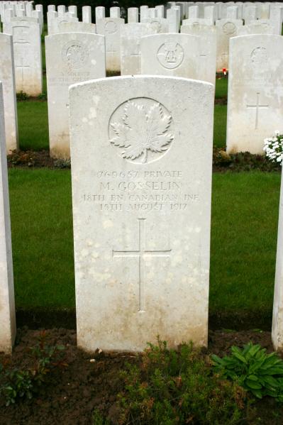 Grave Marker – Courtesy Wilf Schofield, England via CVWM.