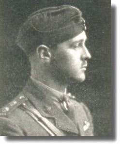 Photo of Douglas Christie Wright – Lieutenant Douglas Christie Wright attended St. Andrew's College in Aurora, Ontario, from 1909-1912. This picture is from the 1919 Memorial Issue of the St. Andrew's College Review. Via CVWM.