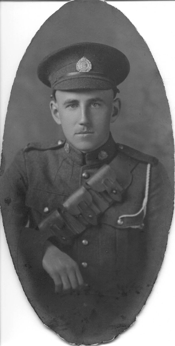 Photo of Francis Carson Crothers – My Great Aunt Josie McCallum was a friend of the Crothers Family in Wallaceburg and had a copy of this photo. Source: CVWM