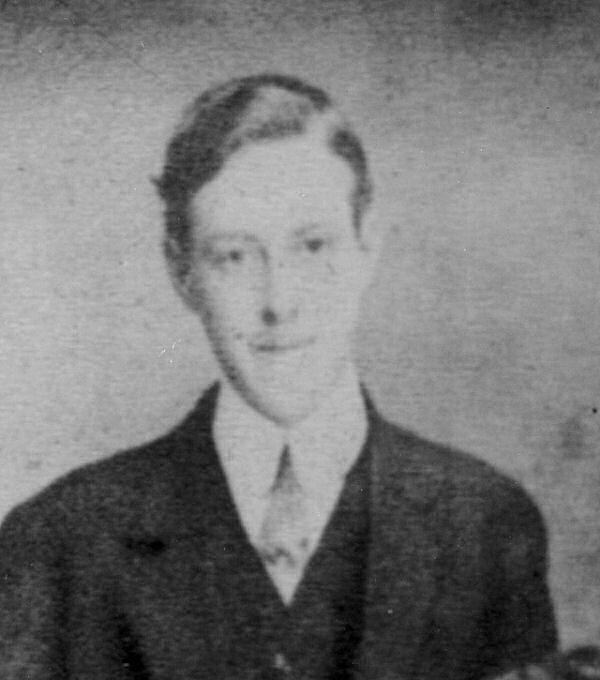Photo of Fred Binns – Fred Binns from a family portrait pre 1915. Source: CVWM