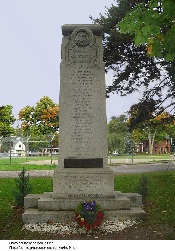 Caledonia Ontario War Memorial – Caledonia (Haldimand County) Ontario War Memorial. Source: CVWM via Marika Pirie.