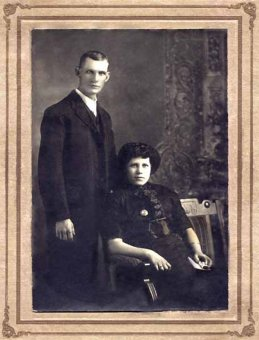 Photo of Henry Herbert Vollick and his wife. Via CVWM.