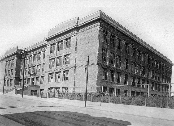 Lowell_HS_SF_(Hayes-Masonic_1917)