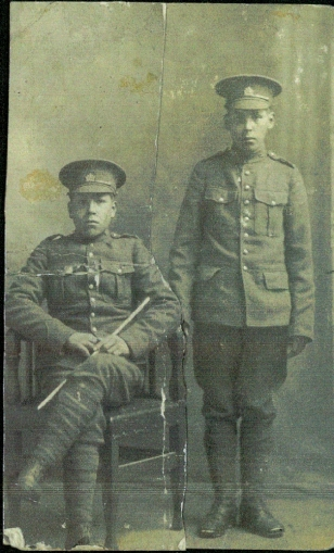 One of these soldiers is David Nawash, brother to Daniel. Source: Bruceremembers.org.