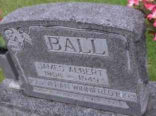 BURIAL Woodlawn Cemetery Saskatoon, Saskatoon Census Division, Saskatchewan, Canada PLOT 106-L035-S1/2