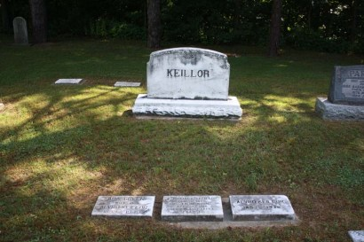 Kellior Family Plot. Tyrconnell Cemetery Tyrconnell, Elgin County, Ontario, Canada. Via Richard Watsone (Find-A-Grave).