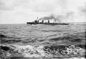 HMS Loyal, Laforey Class Destroyer for comparison.